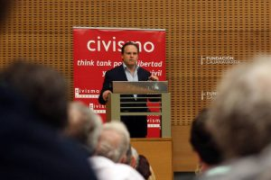 Conferencia en Pamplona con Think Tank Civismo