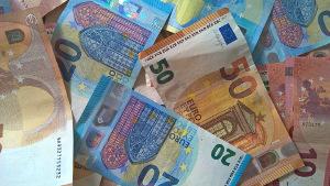 El euro, un dolor de cabeza para el BCE